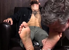 Sexy hunk Tino getting a hot foott rub down and feet fractured