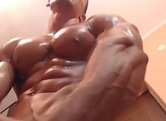 Luke Pec Oiled