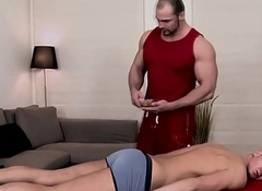 Masseur romps straighty