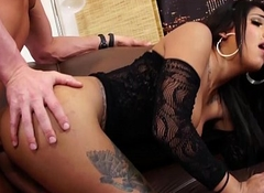 stunning Texan TS Jane Marie acquires fucked bareback by a chunky gumshoe